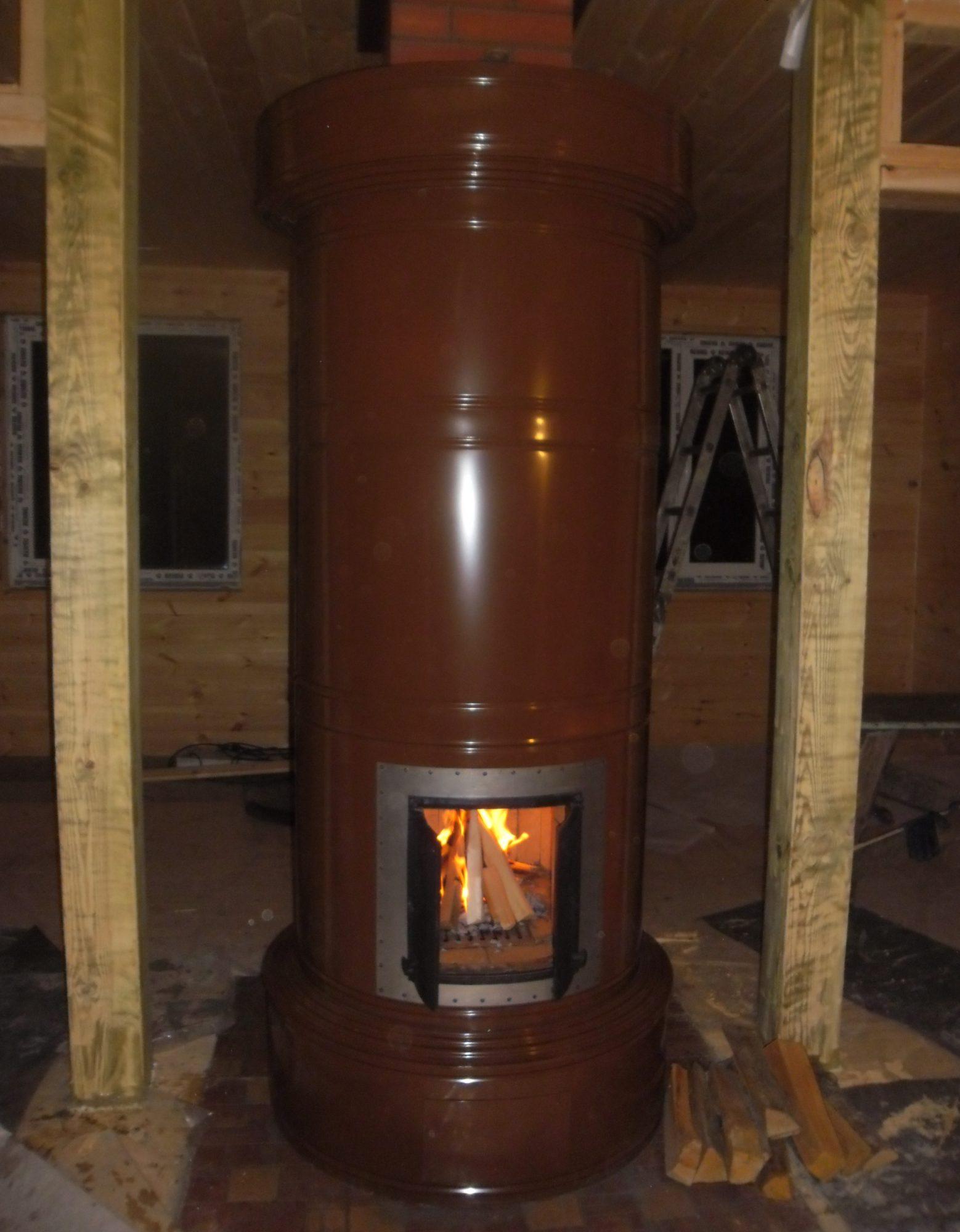 Недорогая теплоёмкая печь pyöreä uuni.