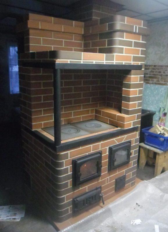 Кирпичная варочная плита с духовкой