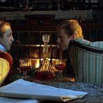 Шерлок Холмс и доктор Ватсон у камина