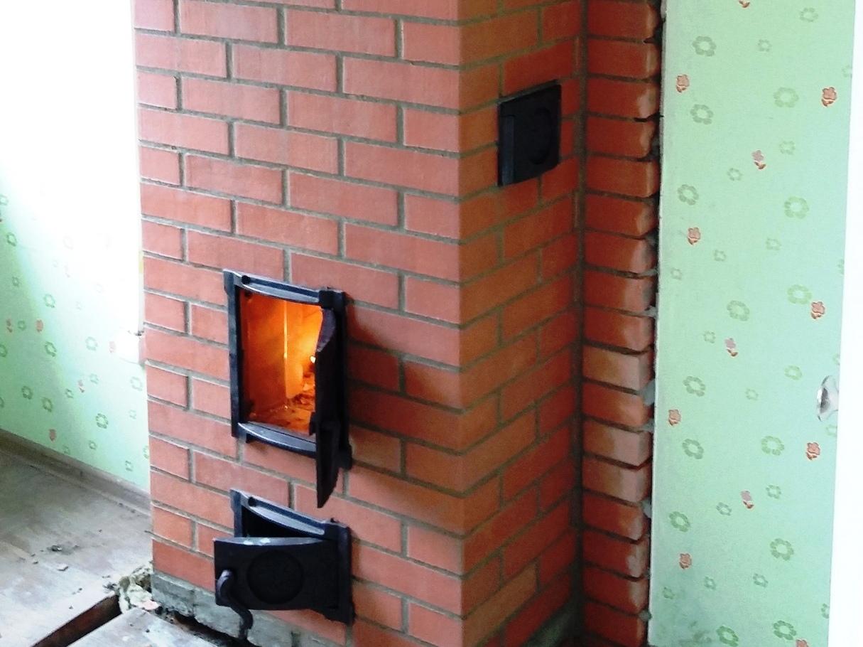 Подкидывайте дрова если хотите чтобы печь нагревалась хуже.