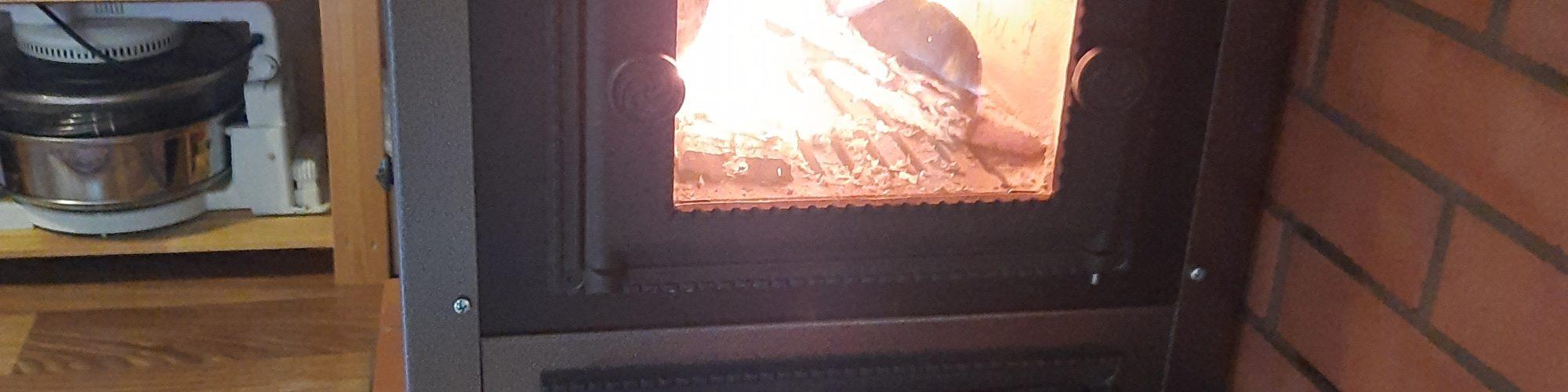 Дачная печь. Плита в каркасе